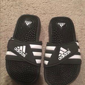 Size 1 boys Adidas slippers